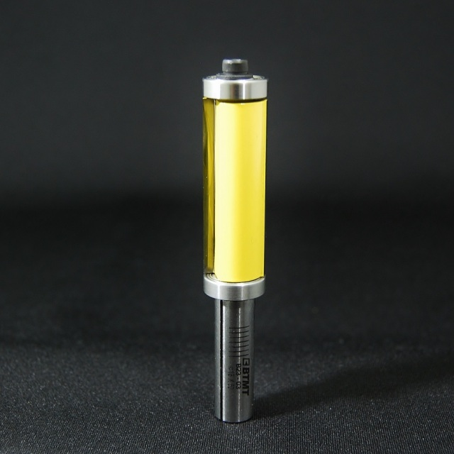 B23-03  12mm軸 ロングサイズの両サイドベアリング・パターンビット