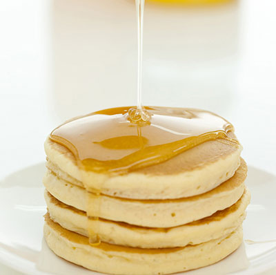 f_ホットケーキと蜂蜜