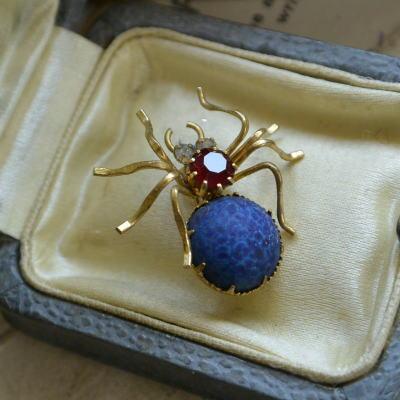 A-233  フランスアンティークブローチ 蜘蛛モチーフ真鍮&ガラスブローチ