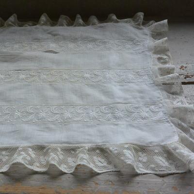 L2159 フランスアンティークレースクロス 19世紀ホワイトワーク手刺繍&麻ローンピローケース 50x38cm