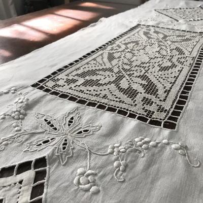 L2396 フランスアンティークリネンクロス/テーブルランナー カットワーク手刺繍リネン&ハンドワークフィレレース  2m03