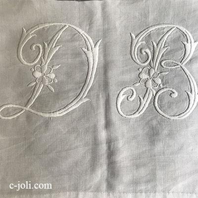 【パリ発送】L2578 フランスアンティークリネンイニシアル刺繍クロスDB/手芸材料 手刺繍モノグラムダリネンクロス 46x29cm