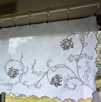 C-885 フランスアンティークリネンカフェカーテン カットワーク手刺繍リネン 1m07