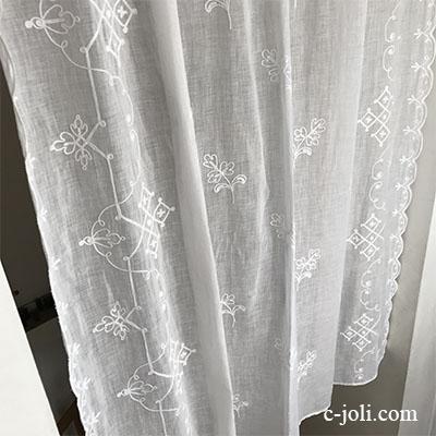 【パリ発送】C1076 フランスアンティークコーネリー刺繍カーテン 綿ローン刺繍カーテン 136x151cm