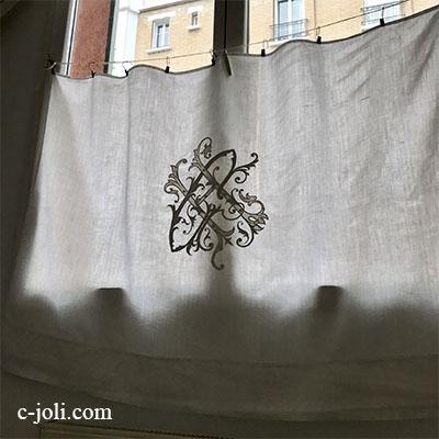 【パリ発送】C1085 フランスアンティークリネンカーテン/カフェカーテン 手刺繍モノグラムリネンクロス 124x88cm
