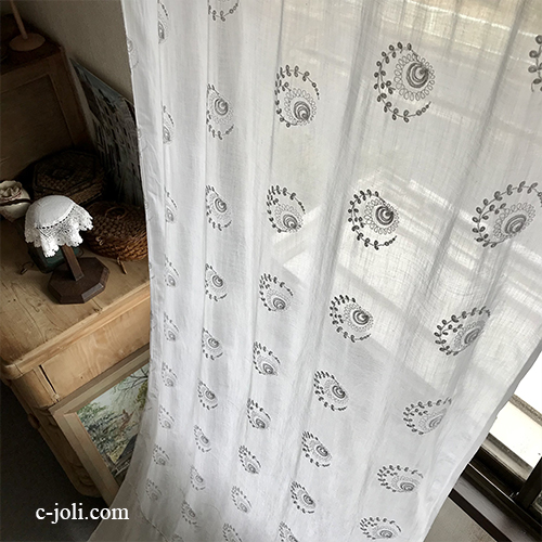 C1110 フランスアンティークコーネリー風ローンカーテン 綿ローン&マシーン刺繍カーテン 2m38