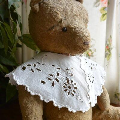 E-613 フランスアンティークリネンつけ襟 カットワーク手刺繍リネン チャイルド衿