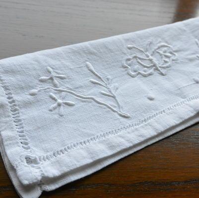 E-629 フランスアンティークリネンテーブルナプキンケース 手刺繍リネン