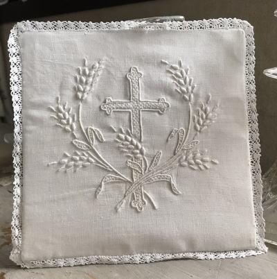 E-789 フランスアンティークチャーチ(教会)カリス・パル 手刺繍リネン&レース