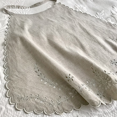 【パリ発送】E1039 フランスアンティークエプロン/タブリエ カットワーク手刺繍リネン 60cm