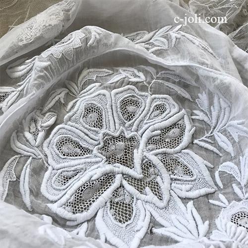 L2671 フランスアンティーク手刺繍&レースパーツ ホワイトワーク綿ローンボンネット(帽子) 大人サイズ