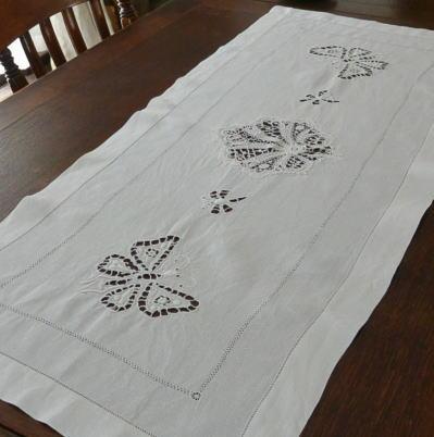 T2367 フランスアンティークリネンテーブルランナー カットワーク手刺繍リネン&ケミカルレース 1m02