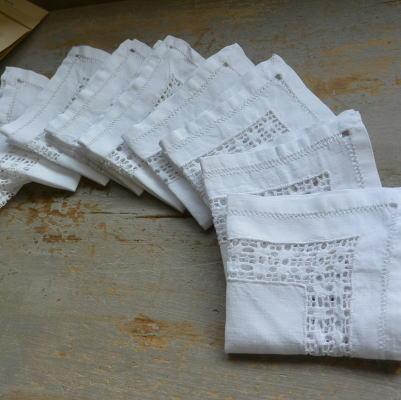 T2483 フランスアンティークリネンテーブルナプキン/リネンクロス12枚 カットワーク手刺繍リネン 24x23cm