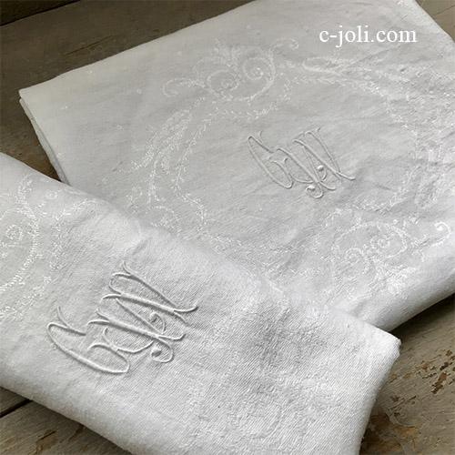 T2758 フランスアンティークリネンテーブルナプキン/リネンクロス2枚セット 手刺繍モノグラム&ダマスク織リネン 77x70cm