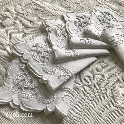 【パリ発送】T2910 フランスアンティークリネンテーブルナプキン/リネンクロス6枚 カットワーク手刺繍リネン 29x29cm