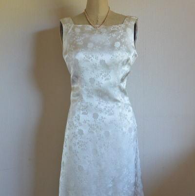 W-002 イギリスヴィンテージドレス マリアージュ/ウェディングドレス 137cm