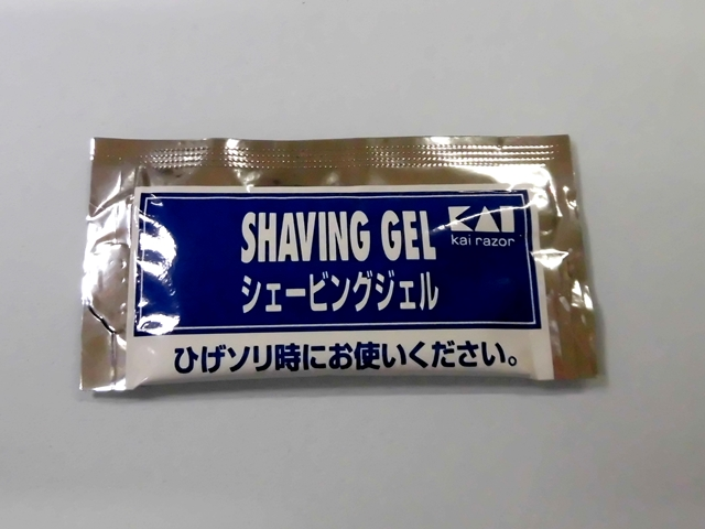 貝印 シェービングジェル 3g 入数:2500 単価:6円