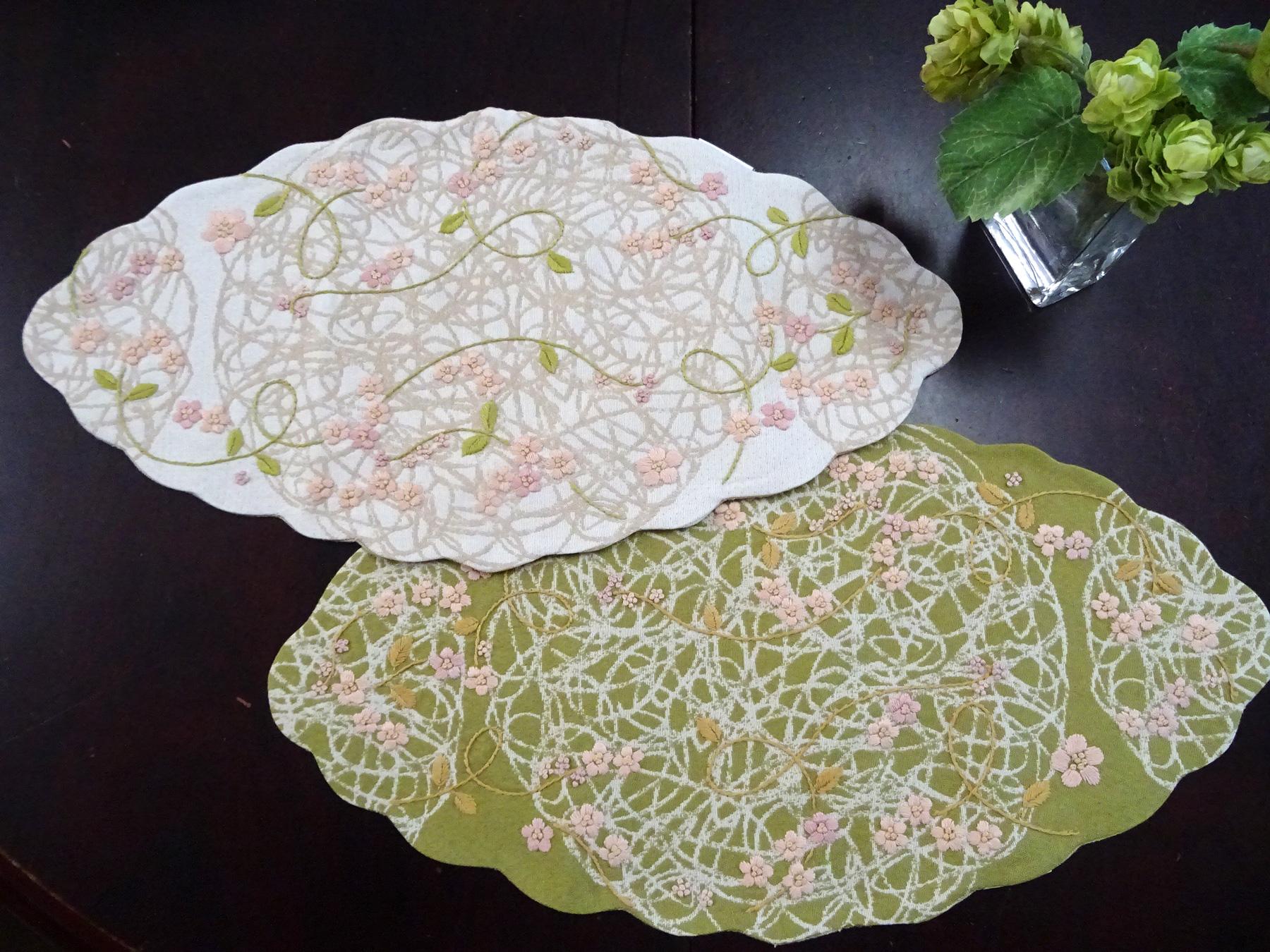 手刺繍がかわいい木の葉型『テーブルセンター』和モダンのお部屋にもピッタリ*ティーマット*お茶