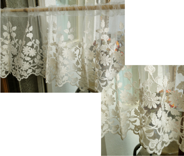 【縦30cm】アイボリーチュールにコットンのお花刺繍 の珍しいカフェカーテン 北欧風ベリーショート