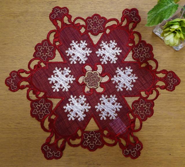 雪の結晶カットワーク『ドイリー』レッド大 花瓶敷き クリスマス