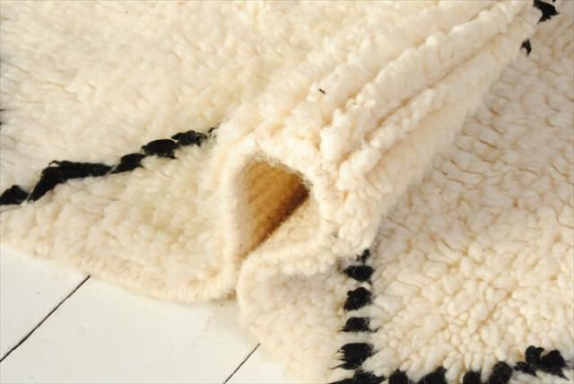 未使用品 モロッコ産 ベニワレン 165 x 105cm Beniouarain ウール シャギーラッグ エリアラグ 絨毯 カーペット