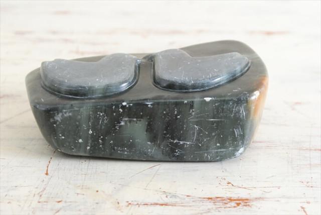 デンマークのブロカントから 鳥のモチーフのストーンオブジェ 北欧雑貨 石のペーパーウェイト アートピース ヴィンテージ アンティーク