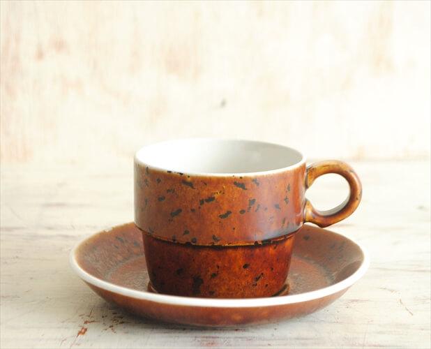 グスタフスベリ COQ 小ぶりなカップ&ソーサー デミタス GUSTAVSBERG スティグリンドベリ スウェーデン 北欧食器 磁器 アンティーク