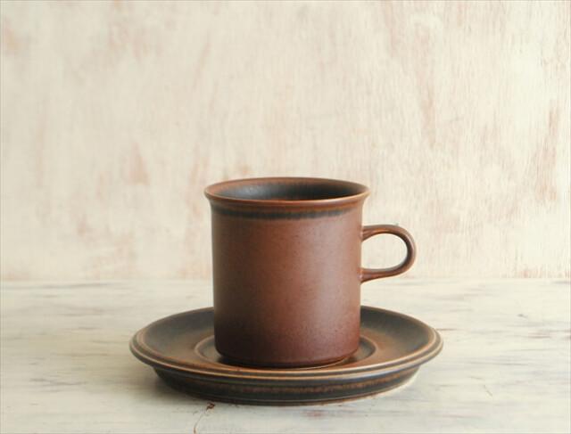 やや訳あり ARABIA アラビア ルスカ マグカップ&ソーサー Ruska 北欧食器 フィンランド 陶器 北欧 ヴィンテージ アンティーク