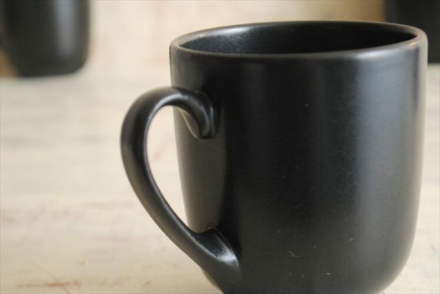 デンマーク製 Soholm 小ぶりなマグカップ スーホルム ブラック 黒色 北欧食器 磁器 アンティーク