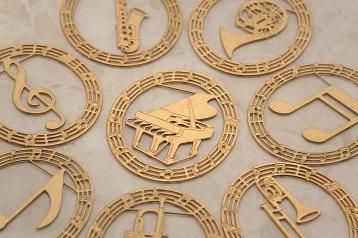 プチクリップ 楽器 ゴールド10個入り♪この商品はお取り寄せ商品です♪【ピアノ発表会】音楽会 ブラスバンド 吹奏楽部の記念品に