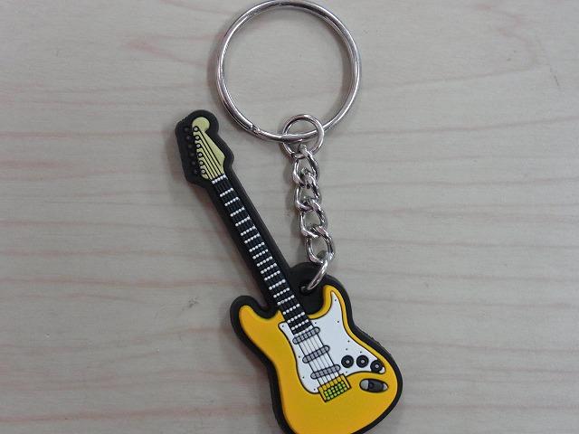 エレキギター ラバーズ キーホルダー 【イエロー】♪この商品はお取り寄せ商品です♪【発表会】ブラスバンド 吹奏楽部