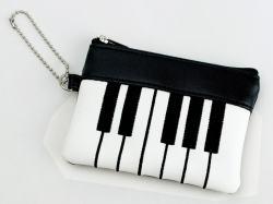 ピアノコインケース ※お取り寄せ商品 引き出物 記念品 音楽雑貨 音符 ピアノモチーフ ト音記号 ピアノ雑貨