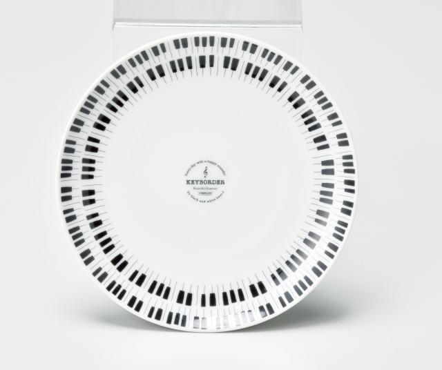 プレート KEYBORDER ※お取り寄せ商品 引き出物 記念品 音楽雑貨 音符 ピアノモチーフ ト音記号 ピアノ雑貨