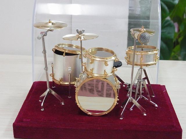 ドラムセットミニチュア♪この商品はお取り寄せ商品です♪ミニチュア楽器が豊富なお店