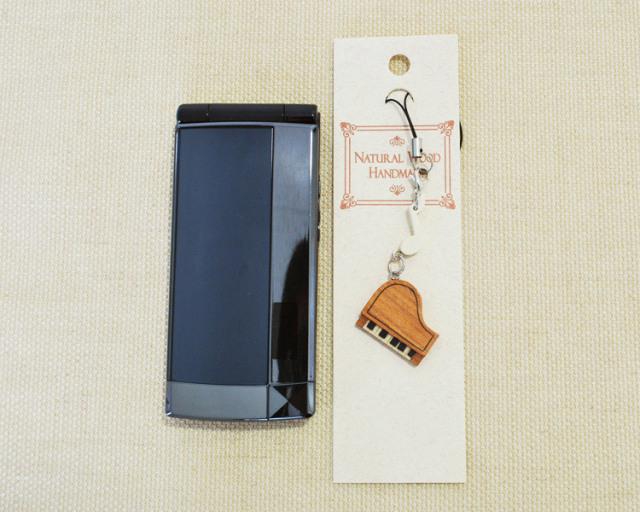 楽器携帯ストラップ ピアノ♪♪【ピアノ発表会の記念品におすすめ♪-音楽雑貨】
