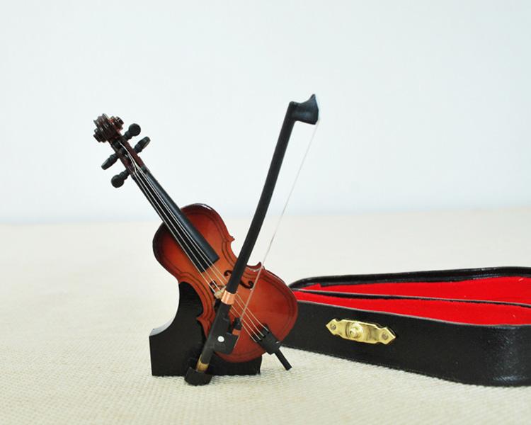 ミニチュア楽器!チェロ 9cmサイズ♪この商品はお取り寄せ商品です♪♪【楽器-音楽雑貨】