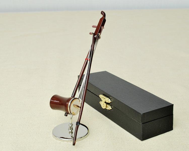 ミニチュア楽器!二胡 14cmサイズ♪この商品はお取り寄せ商品です♪♪【楽器-音楽雑貨】