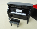 ミニチュア楽器!アップライトピアノ (黒)♪お取り寄せ商品です♪♪【楽器-音楽雑貨】