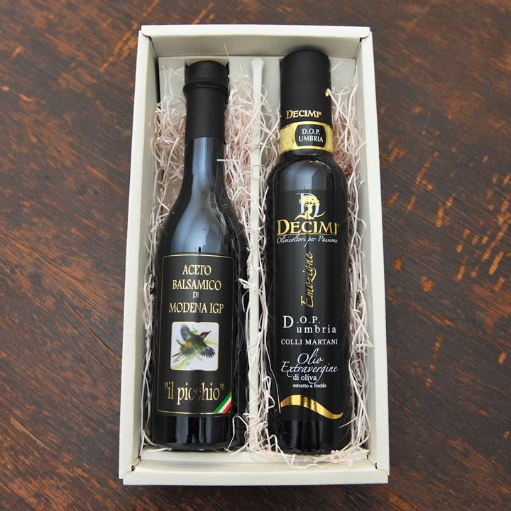 バルサミコ酢とエクストラバージン・オリーブオイルのギフトセット。ギフトボックス、送料、全て込みの大変お得なセットです