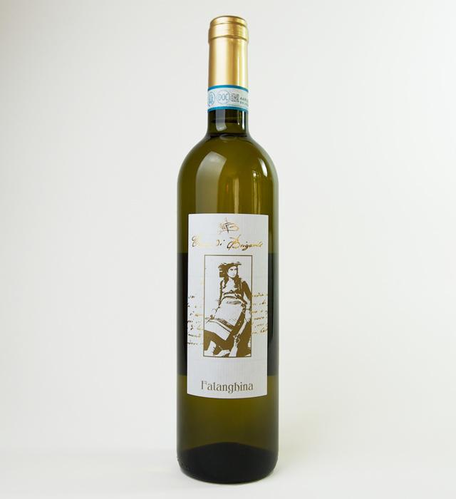 カンパーニャ州の自然派ワイナリー、テッラディブリガンティの白ワイン、ファランギーナ。自然な果実味が魅力です。