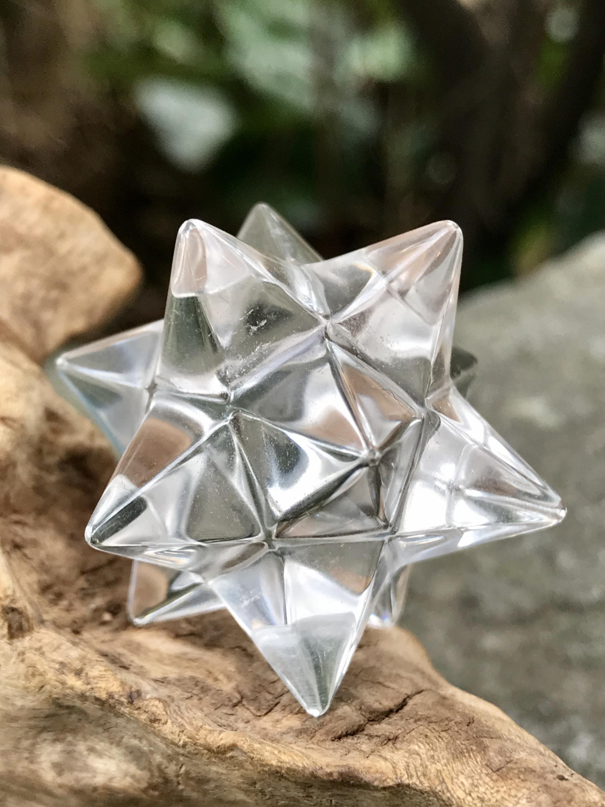 バイア産レムリアンシード・アステロイド水晶(小星型十二面体) ASQ007