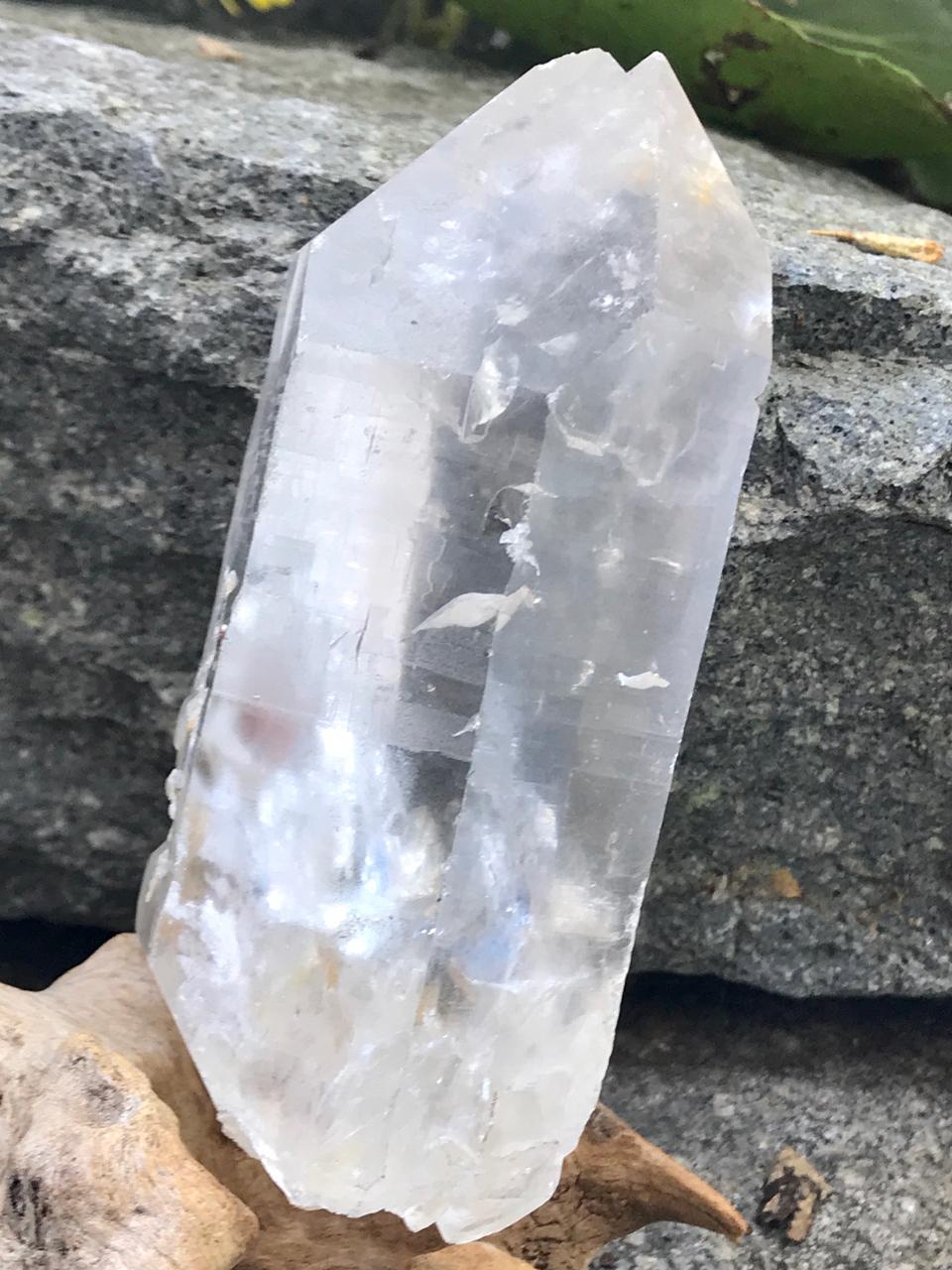 ブラジル・アラスワイ産セルフヒールド・ポイント水晶 CSH001