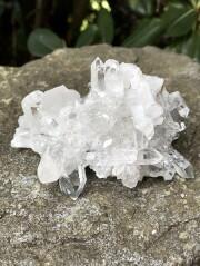 ブラジル・トマスゴンサガ産水晶クラスター BQ105