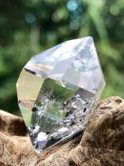 ハーキマー・ダイヤモンド HK058