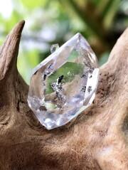 ハーキマーダイヤモンド HKM156