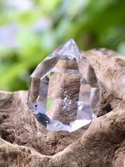 ハーキマーダイヤモンド HKM158