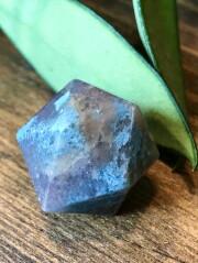 ブラジル産トロレアイト(トロール石)二十面体・小 TRO023