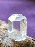 ビルマ産フェナサイト原石 PHE002