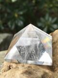 水晶ピラミッド PRM008