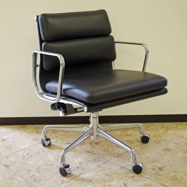 herman miller ハーマンミラー eames soft pad group management chair